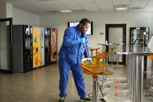Nettoyage de la cafétéria du siège de Bouygues Bâtiment Ile-de-France - Ouvrage Publics